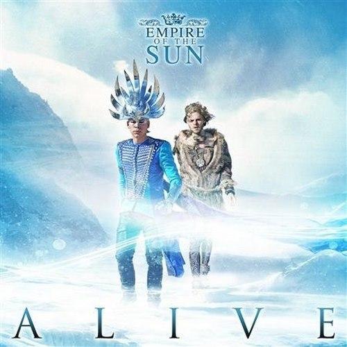 Alive il nuovo singolo