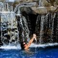 le foto hot di rihanna in bikini alle hawaii-12