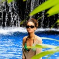 le foto hot di rihanna in bikini alle hawaii-44